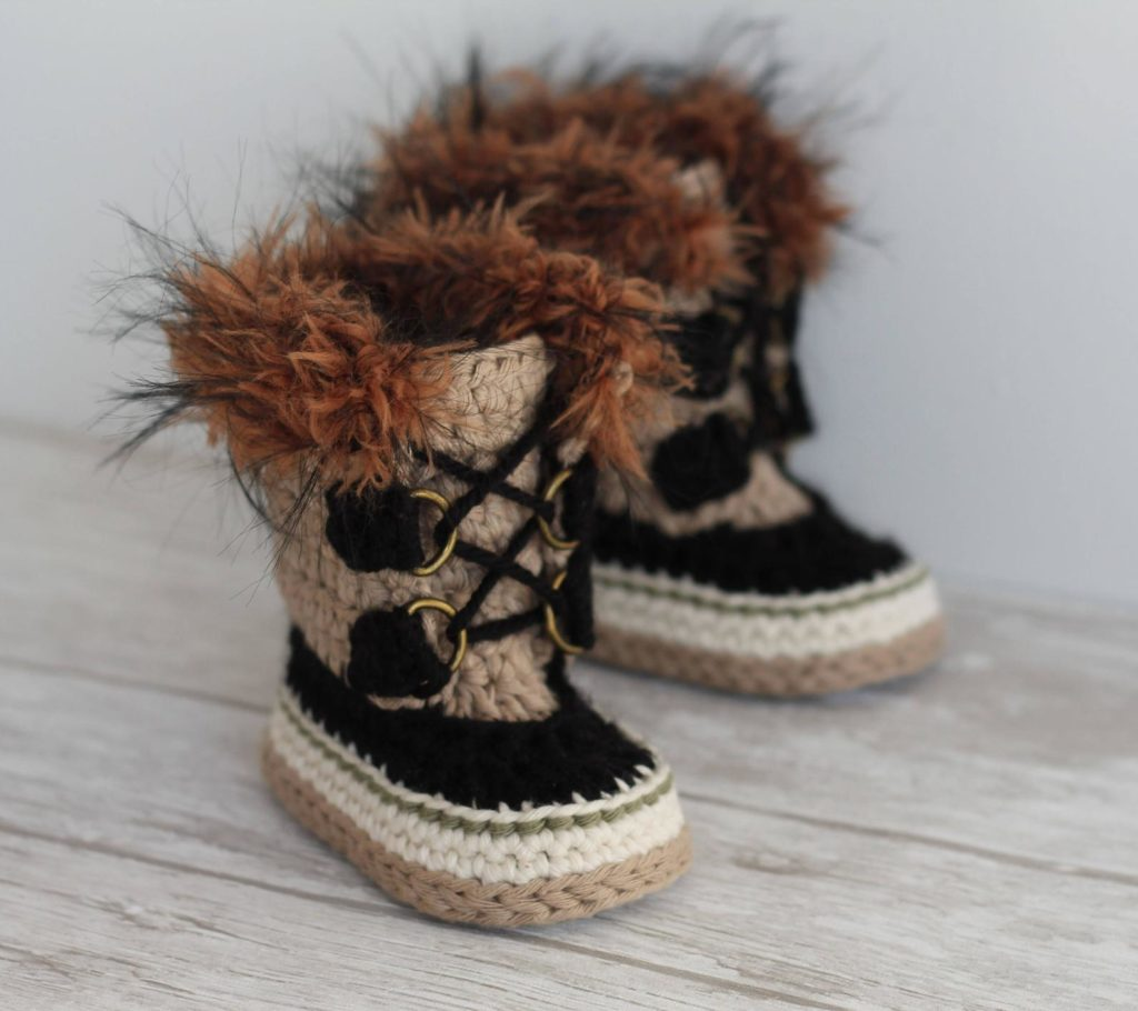 crochet snow boots